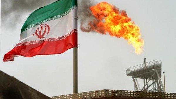 Írán bude produkci ropy nadále zvyšovat - Ilustrační foto.
