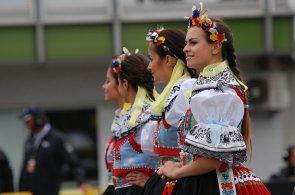Praha o v�kendu o�ije m�dou a gastronomi�, na Morav� oslav� m�stn� tradice folklorn�m festivalem
