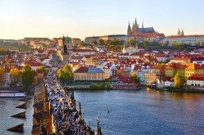 Praha obsadila sedm� m�sto na �eb���ku nejpopul�rn�j��ch m�st mezi digit�ln�mi nom�dy