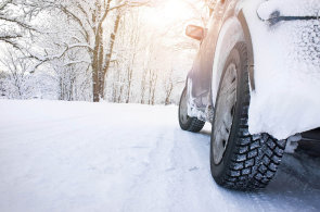 Zimní pneumatiky: i levné pláště mohou fungovat