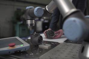České firmy věří, že roboti víc práce vytvoří, než vezmou