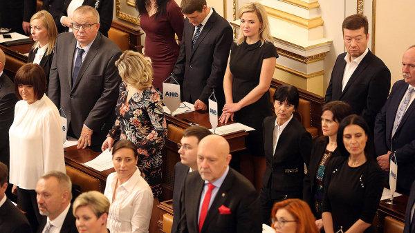 Poslanecká sněmovna zatím schválila státní rozpočet na příští rok v prvním čtení.