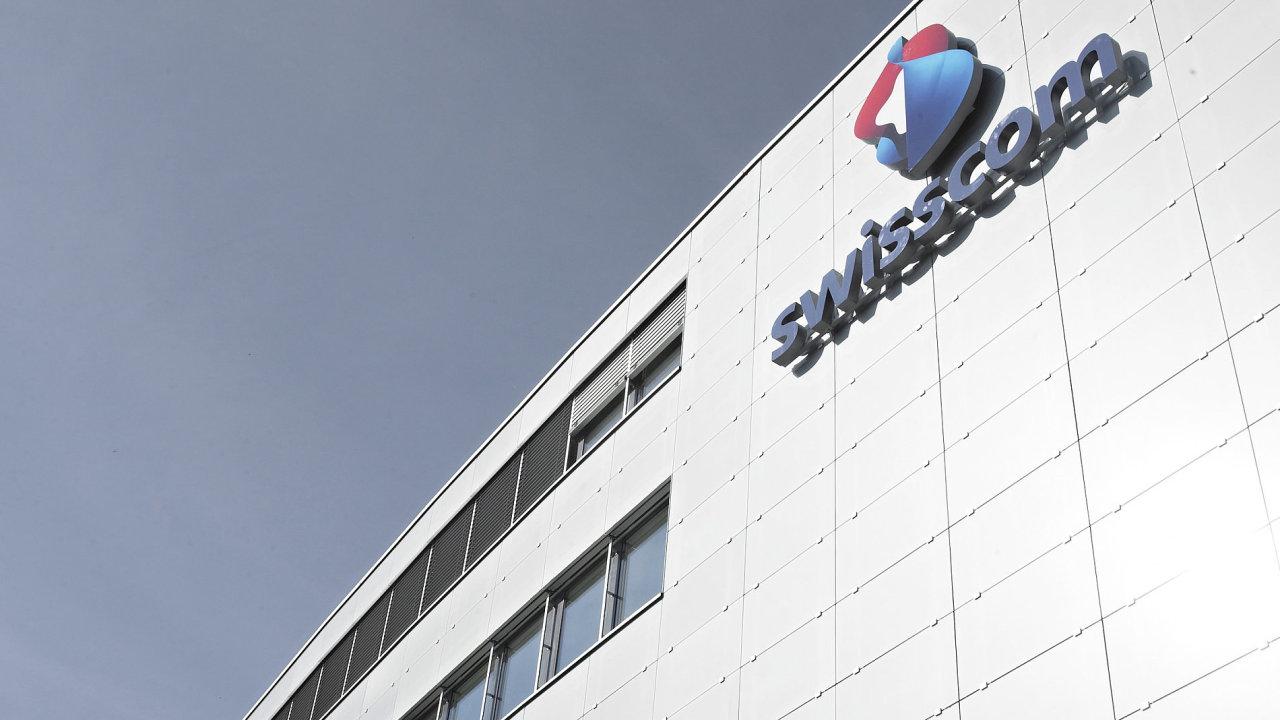 Švýcarskému mobilnímu operátorovi Swisscom ukradli osobní údaje 800 tisíc klientů