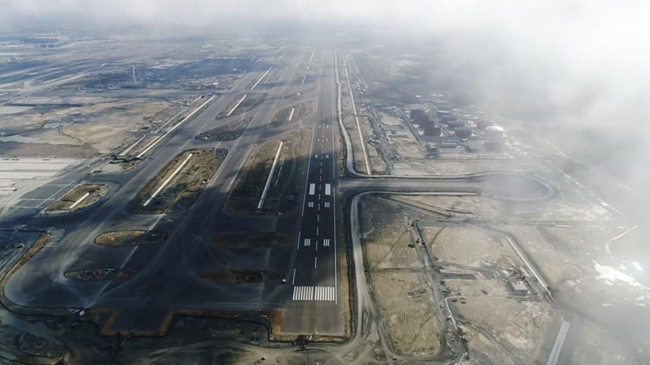 Stavba jednoho z největších letišť na světě v jedné minutě