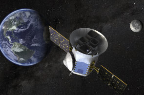 NASA poslala do vesmíru dalekohled TESS. Bude pátrat po planetách podobných Zemi