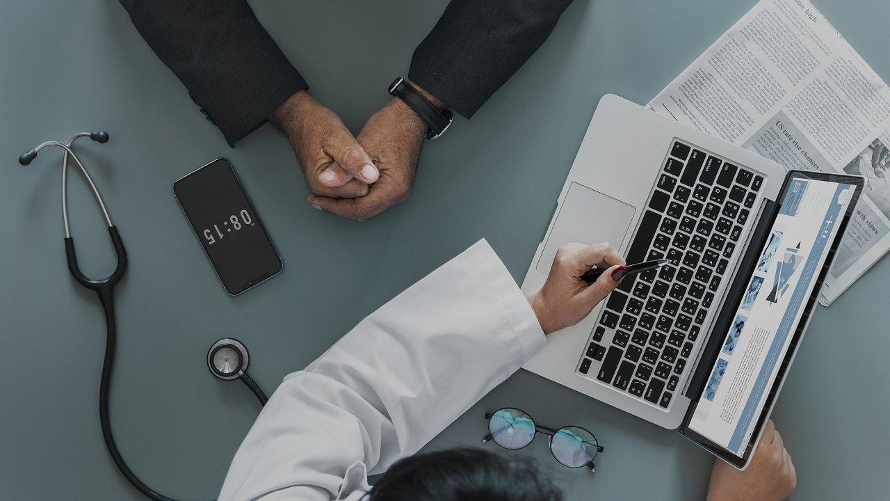 Češi nevědí, jakým způsobem pracuje jejich lékař s poskytnutými osobními informacemi, ilustrace