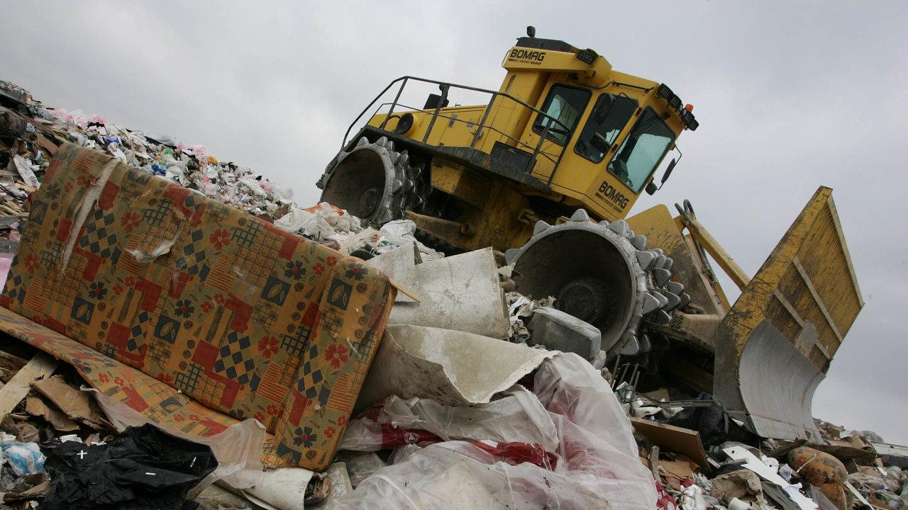 Vývoz komunálního odpadu naskládky podraží.