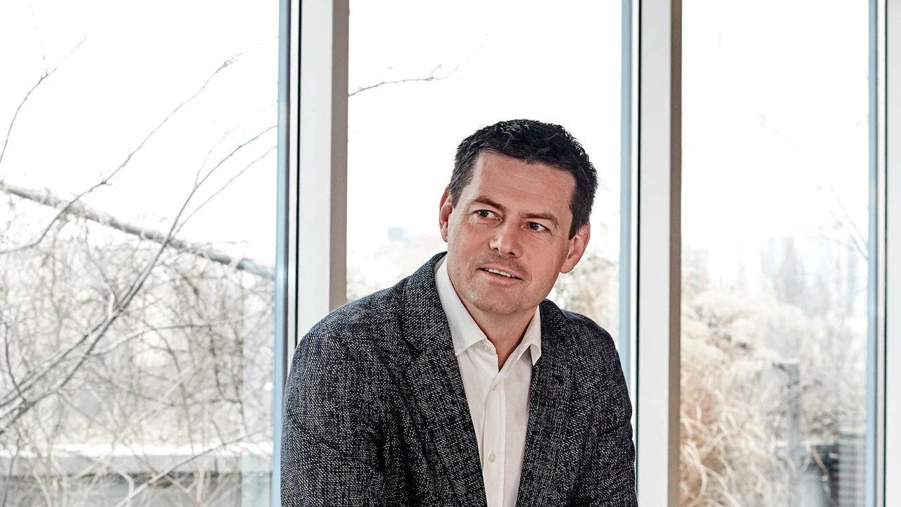 Karel Komárek má ovládnout společnost Cleverlance Enterprise Solutions ajejí sesterský podnik AEC.