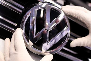 Volkswagen zatím nemusí platit odškodnění dvěma a půl tisícům českých majitelů aut v kauze Dieselgate.