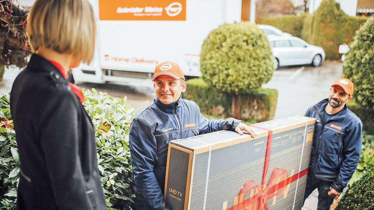 Vedle balíkových služeb se nae-shopy více zaměřují idopravci, kteří tradičně dominují spíše vB2B segmentu. Divize Home Delivery firmy Gebrüder Weiss doručila vestřední avýchodní Evropě přes 1,1 milionu zásilek.