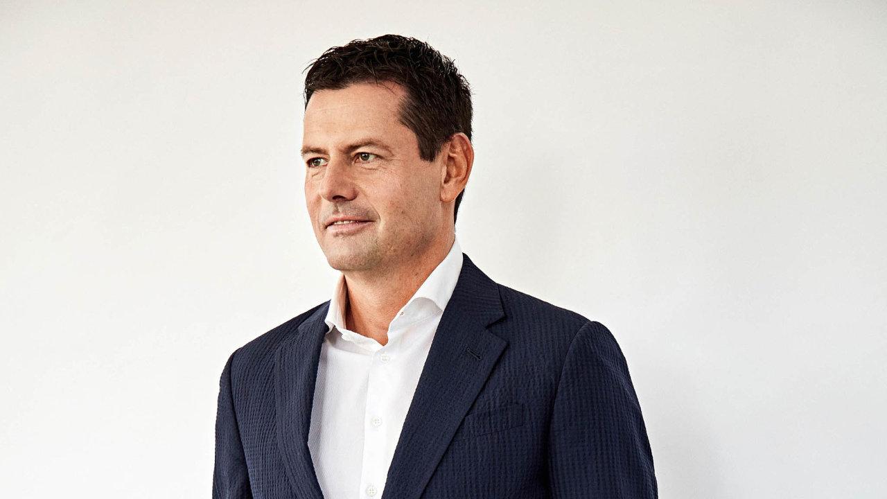 Karel Komárek mladší letos znovu potvrdil, že ropa aplyn už dávno nejsou hlavní součástí jeho podnikání pod značkou skupiny KKCG.