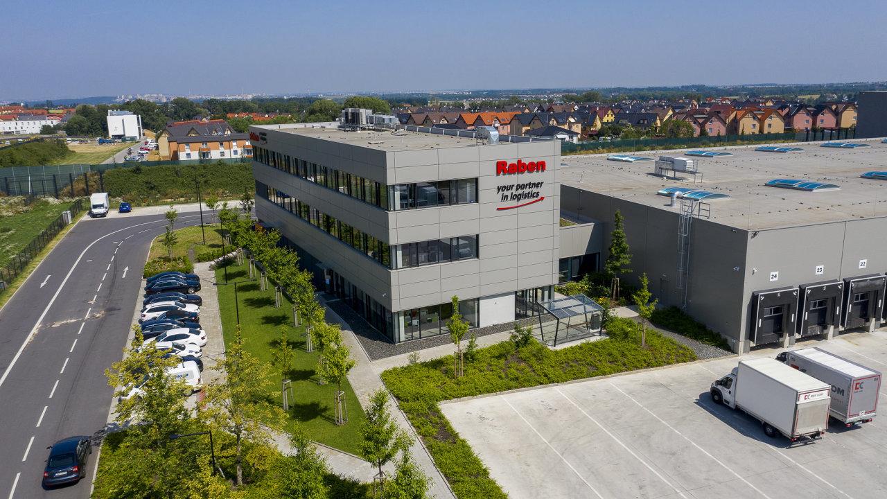 Jeden z projektů CTP: CTPark Prague East využívá strategické lokality Nupaky u Prahy vhodné pro logistiku. Nachází se v těsném sousedství dálnice D1 a pražského okruhu.