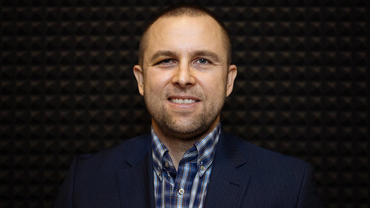 Vybudoval největší e-shop s pneumatikami v Česku, začal vyrábět gumy pod vlastní značkou a v současnosti Radek Grill touží uspět i v zahraničí.