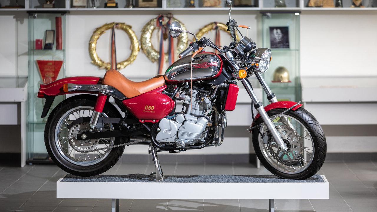 Jawa 650 Limited Edition stála 15 let v továrně v Týnci nad Sázavou.
