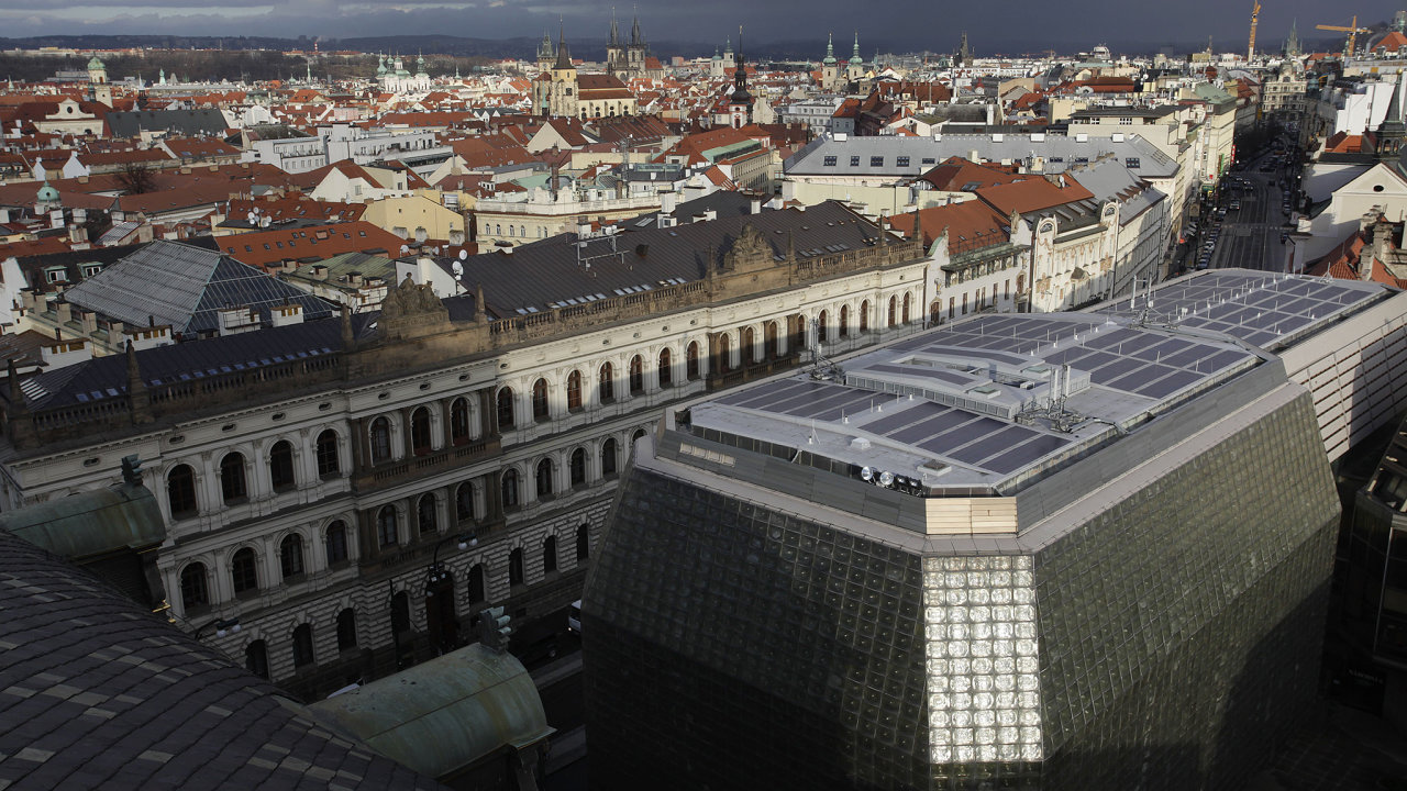 Nová scéna, střecha, solární panely