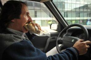 EKONOM: Řidiči ovlivňují náklady na provoz firemních aut. Jak je umravnit?