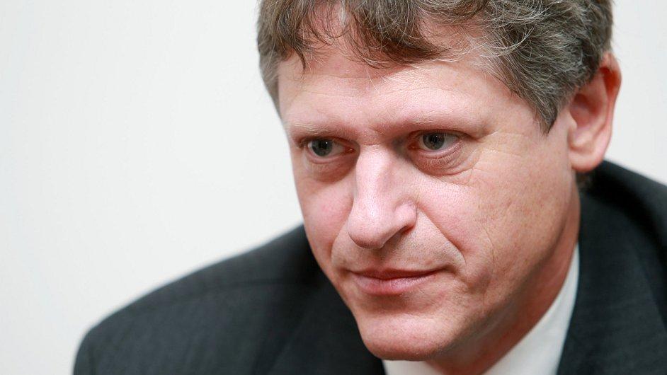 Pavel Mertlík, rektor Bankovního institutu vysoké školy, a. s.
