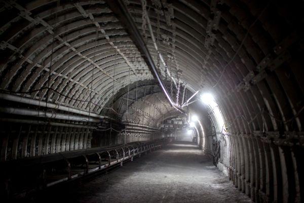 Doly Karviná a Darkov spojil tříkilometrový tunel