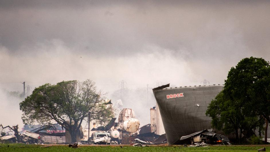 Výbuch továrny v Texasu
