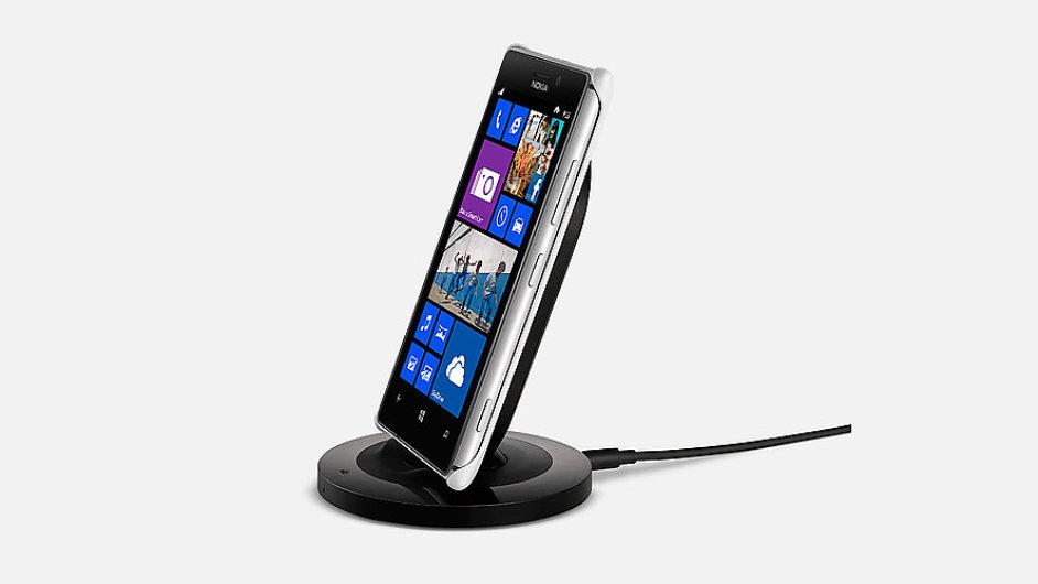 Nokia Lumia 925 na oficiálních snímcích