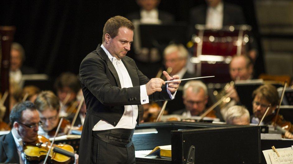 Robert Jindra působil ve funkci hudebního ředitele Opery Národního divadla od loňského září.