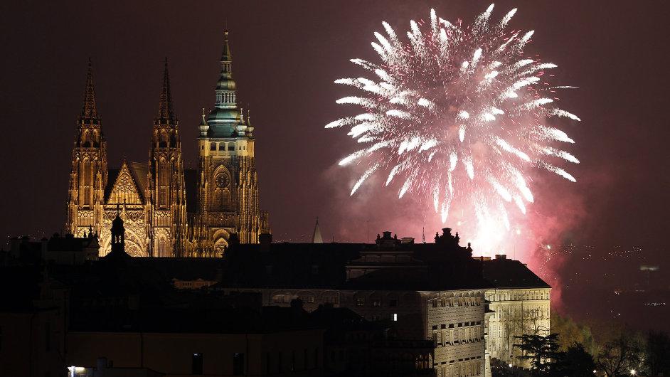 Novoroční ohňostroj v Praze 2015