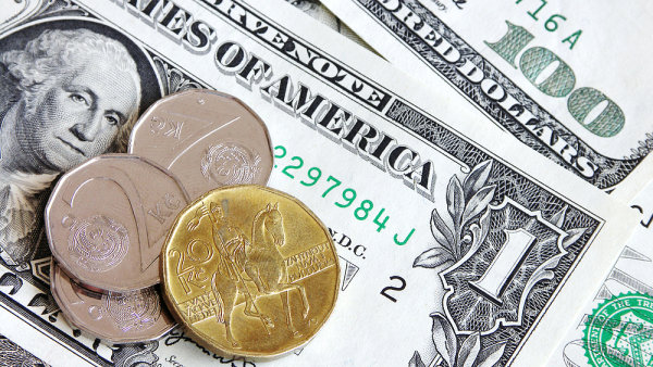 Koruna je vůči dolaru silně podhodnocena - Ilustrační foto.