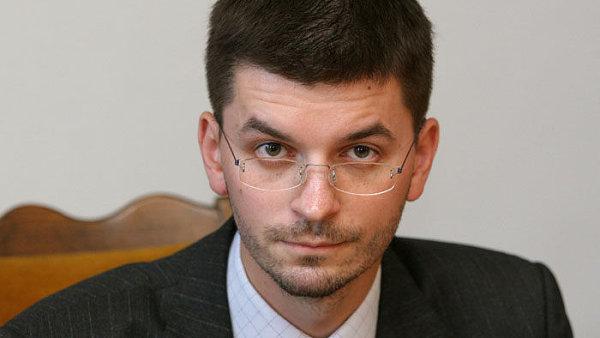 Jan Novák v době, kdy pracoval jako šéf Úřadu vlády.