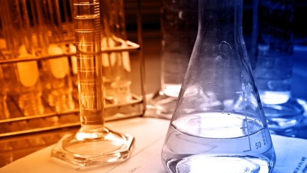 �e�i vymysleli, jak z pou�it�ho fritovac�ho oleje vyrobit bioplast