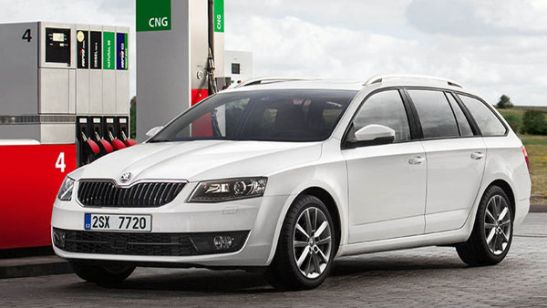 Neli�� se: Vozidla na CNG, jako je �koda Octavia, se neli�� od aut na benzin �i naftu.