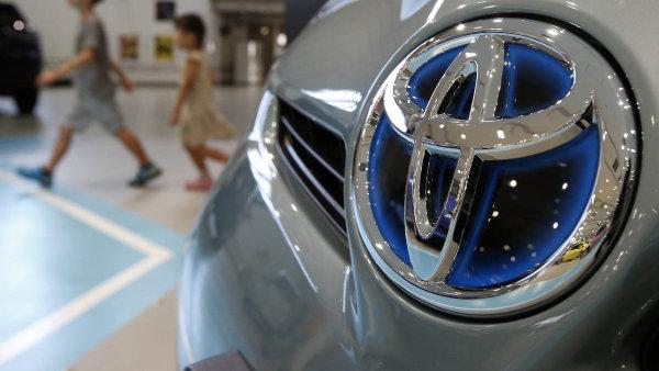 Mezi automobilkami, které si vedly nejlépe, je i Toyota - Ilustrační foto.