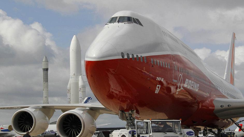 021-06F-Boeing747-8-A-REUT_iPad.jpg