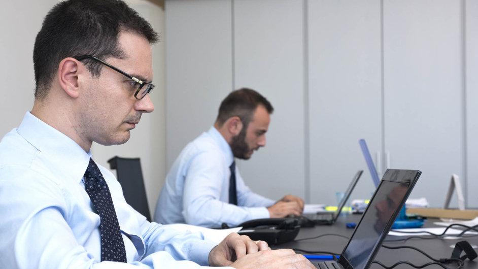Softwarové firmy v Česku plánují růst ahledají lidi - Ilustrační foto.