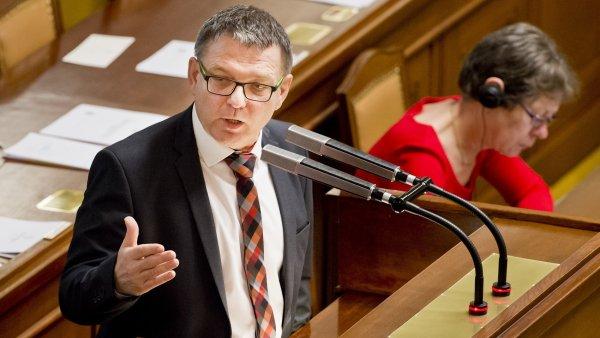 N�kte�� poslanci kritizovali Zaor�lkovo vystoupen�.
