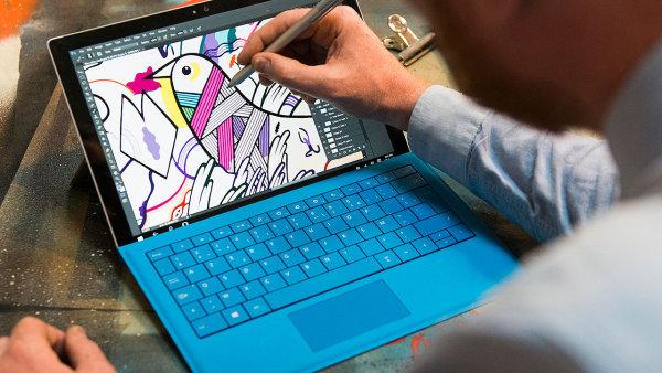 Surface 4 Pro s dotykovým perem