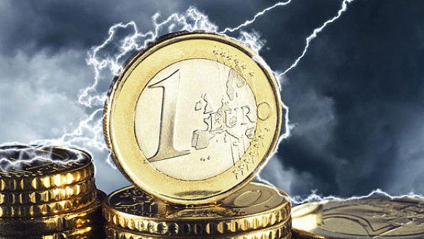 Světové soutěžní orgány vloni nepovolily 31 transakcí v celkové hodnotě přes 69 miliard eur.