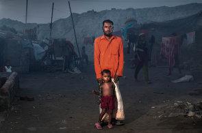 Černé slzy v Dháce: Uprchlíci ve vlastní zemi sní o lepší budoucnosti