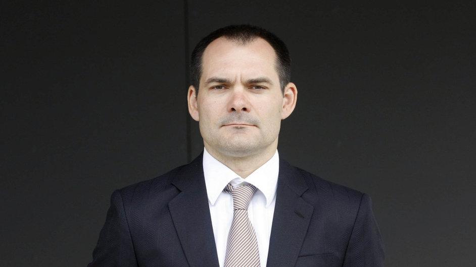 Spolumajitel plzeňské Škody Transportation Tomáš Krsek koupil padesátiprocentní podíl vevýrobci papírenských technologií Papcel.