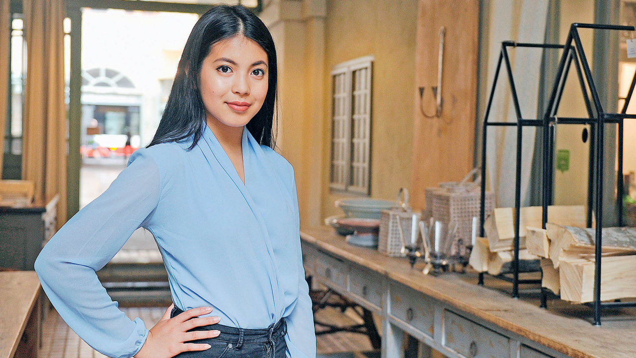 Youtuberka Stylewithme Thu Ha Nguyen
