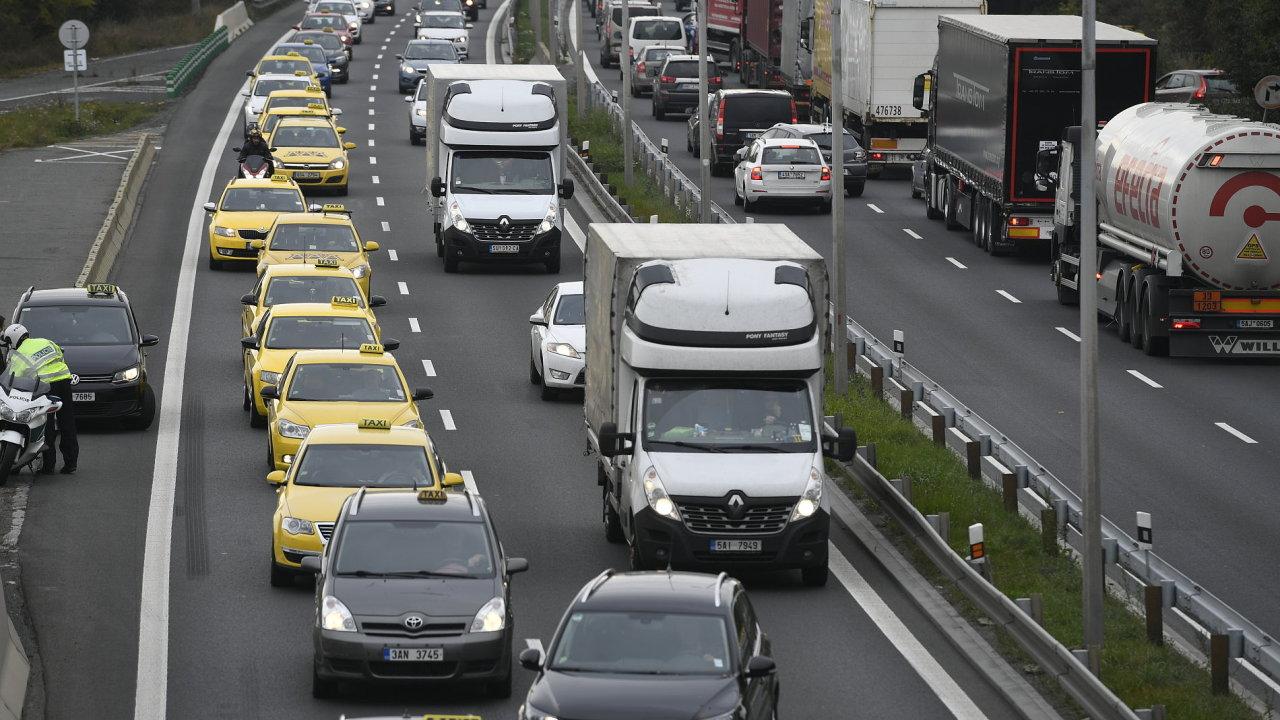 CR MHD SPRAVA PRAHA TAXI UBER WEBFOTO 735 protest taxikářů proti uberu