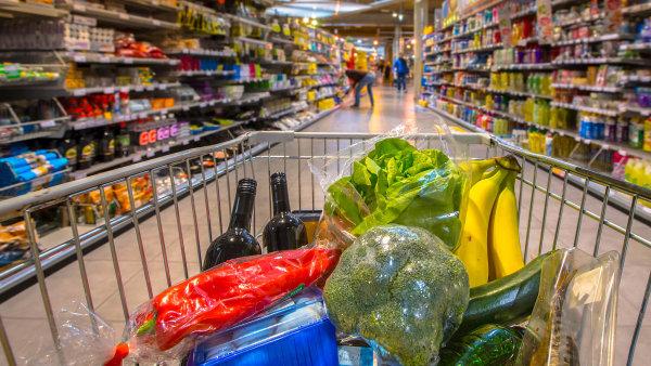 Z potravin nejvíce zlevnila vejce, a to o více než 26 procent. Klesaly ceny i za cukr, pečivo, vepřové maso, oleje a tuky nebo ovoce - Ilustrační foto.