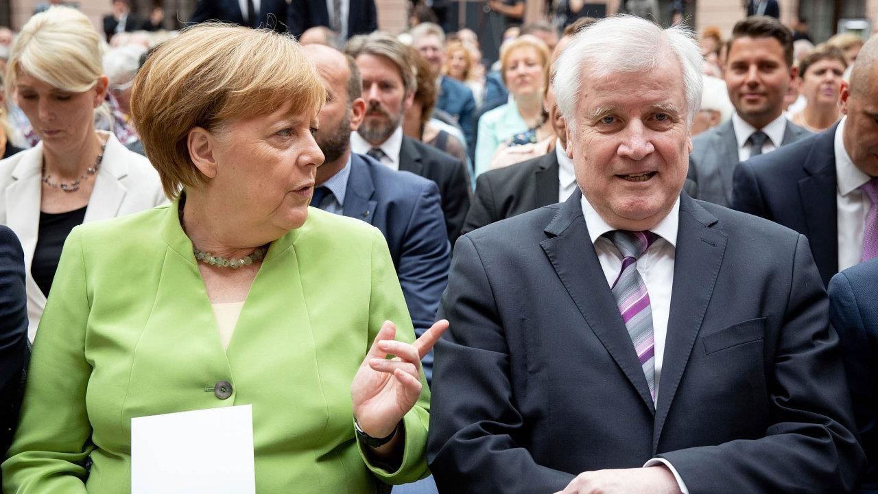 """Podle spolkové kancléřky Angely Merkelové neexistovalo pro vyhnání Němců poválce """"ani morální, ani politické ospravedlnění""""."""