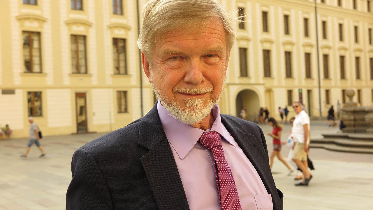 Michal Mazanec. Budoucího předsedu NSS baví