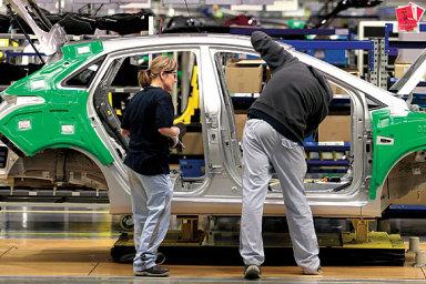 V průmyslu a stavebnictví stoupla míra neobsazených pracovních míst v Česku na 5,9 procenta a opět byla nejvyšší v celé unii. - Ilustrační foto