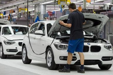 Německá vláda se ocitá pod sílícím tlakem, aby podpořila ekonomiku, čelící poklesu vývozu způsobeného obchodní válkou a nejistotou kolem brexitu. - Ilustrační foto.