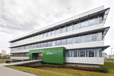 Brusel platby pro holding Agrofert pozastavil kvůli probíhajícímu auditnímu šetření o možném střetu zájmů premiéra Andreje Babiše (ANO).