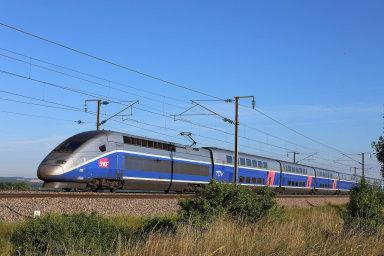 Francouzský TGV významně zrychlil icestu mezi Paříží aBarcelonou.