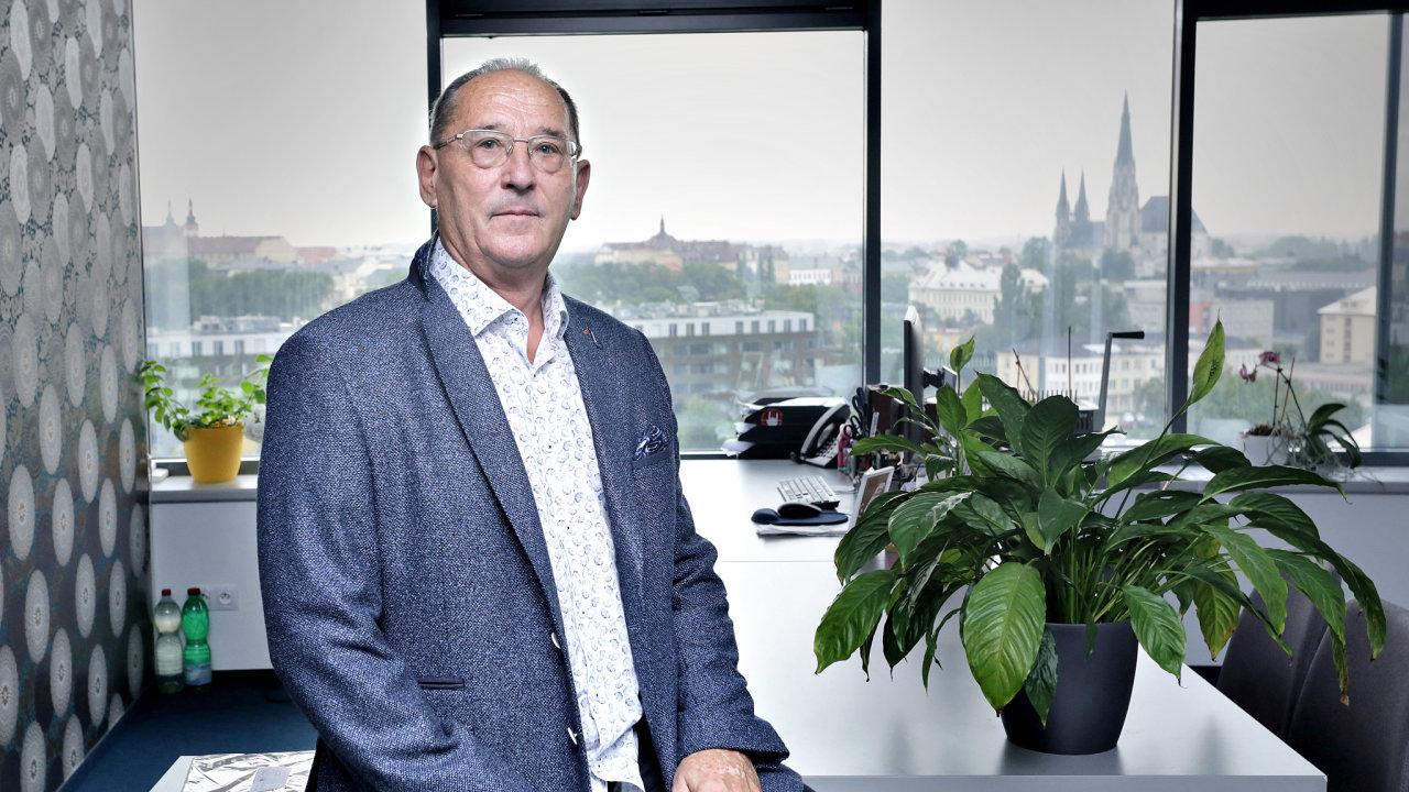 Olomoucký miliardář Josef Tesařík