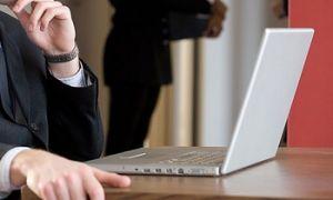 Komunikace s úřady prostřednictvím v internetu v Česku zaostává.