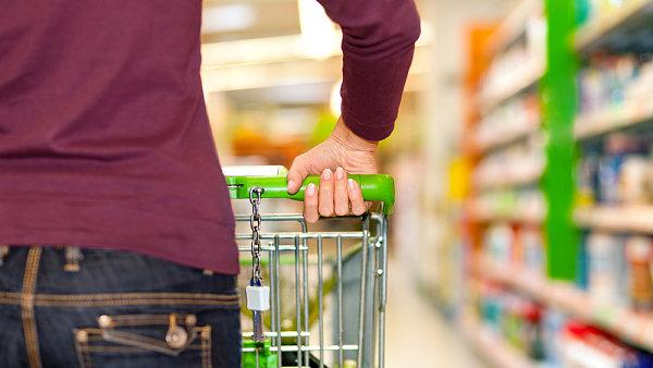 Hypermarketům dává přednost rekordní počet Čechů - Ilustrační foto.